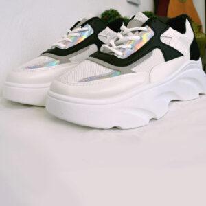 Ασπρόμαυρα sneakers
